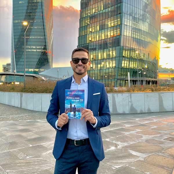 Isaías Elías Blanco - Piensa en Grande Actúa como CEO